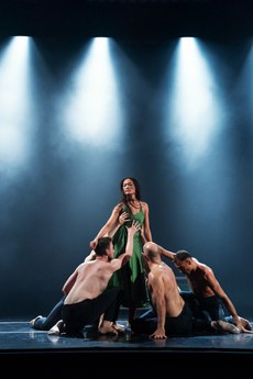 Danish Dance Theatre (© Paul Kolnik)